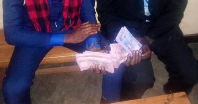 Kamonyi: Abagabo 2 bafatanywe Miliyoni hafi 3 z'amafaranga y'amakorano