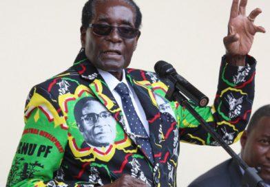Perezida Robert Mugabe yongeye kubabaza abatari bacye