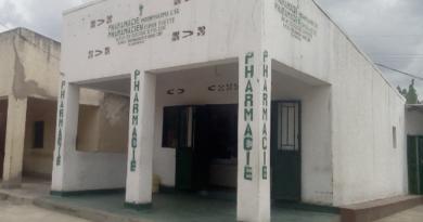 Kamonyi: Pharmacy yafungiwe imiryango izira umwanda no kuvurira abarwayi mu mwanda