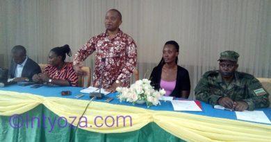 Kamonyi: Minisitiri Rwamukwaya Yategetse ko Diregiteri wa GS Remera-Rukoma ahindurwa